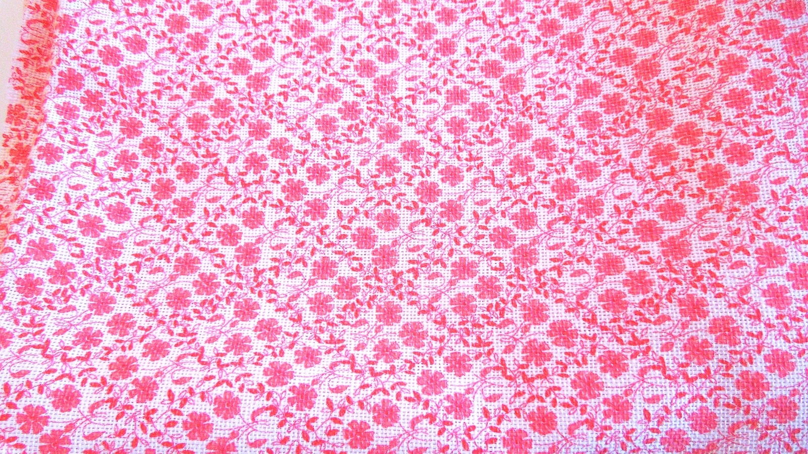 """2 3/4 Yards of  44"""" Wide Pink Coral Floral Textured Cotton Fabric   #5015"""