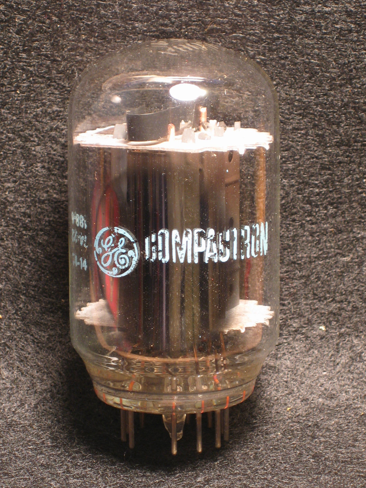 Vintage Radio Vacuum Tube (one): 16LU8A - Tested Very Good