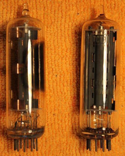 Vintage Radio Vacuum Tube (one): 17CT3 - Tested Good