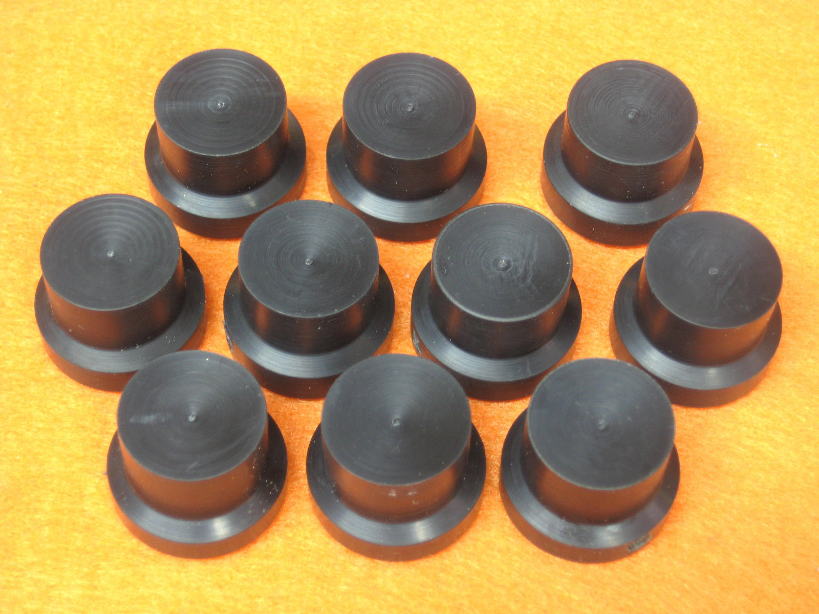 Knobs (one), Radio/Guitar, Hand-Crafted, Black with 4mm Slot-Head Set Screw, #31