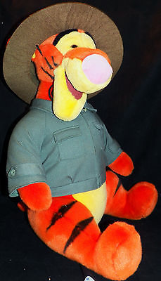 "Jumbo 22"" Tall Walt Disney Plush Safari Park Ranger Animal Kingdom Seated Tigger"