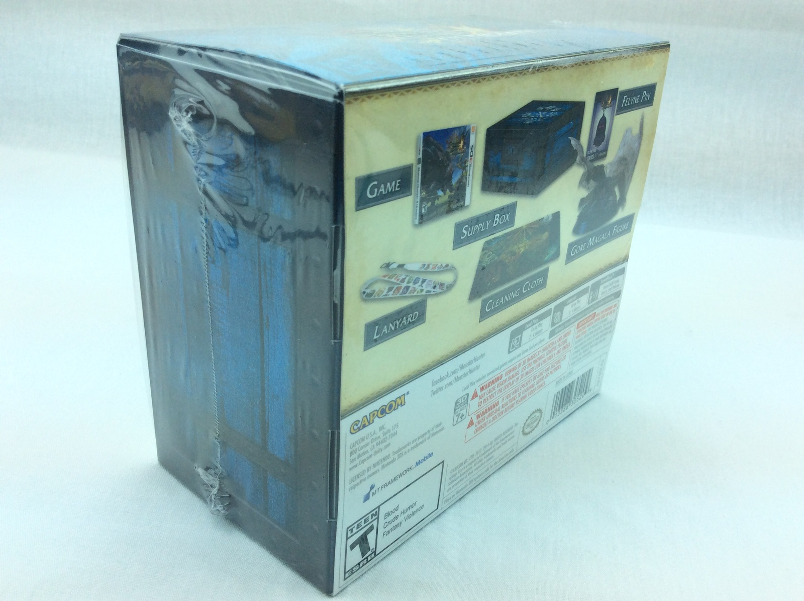 Capcom Monster Hunter 4 Ultimate Collector's Edition Nintendo 3DS