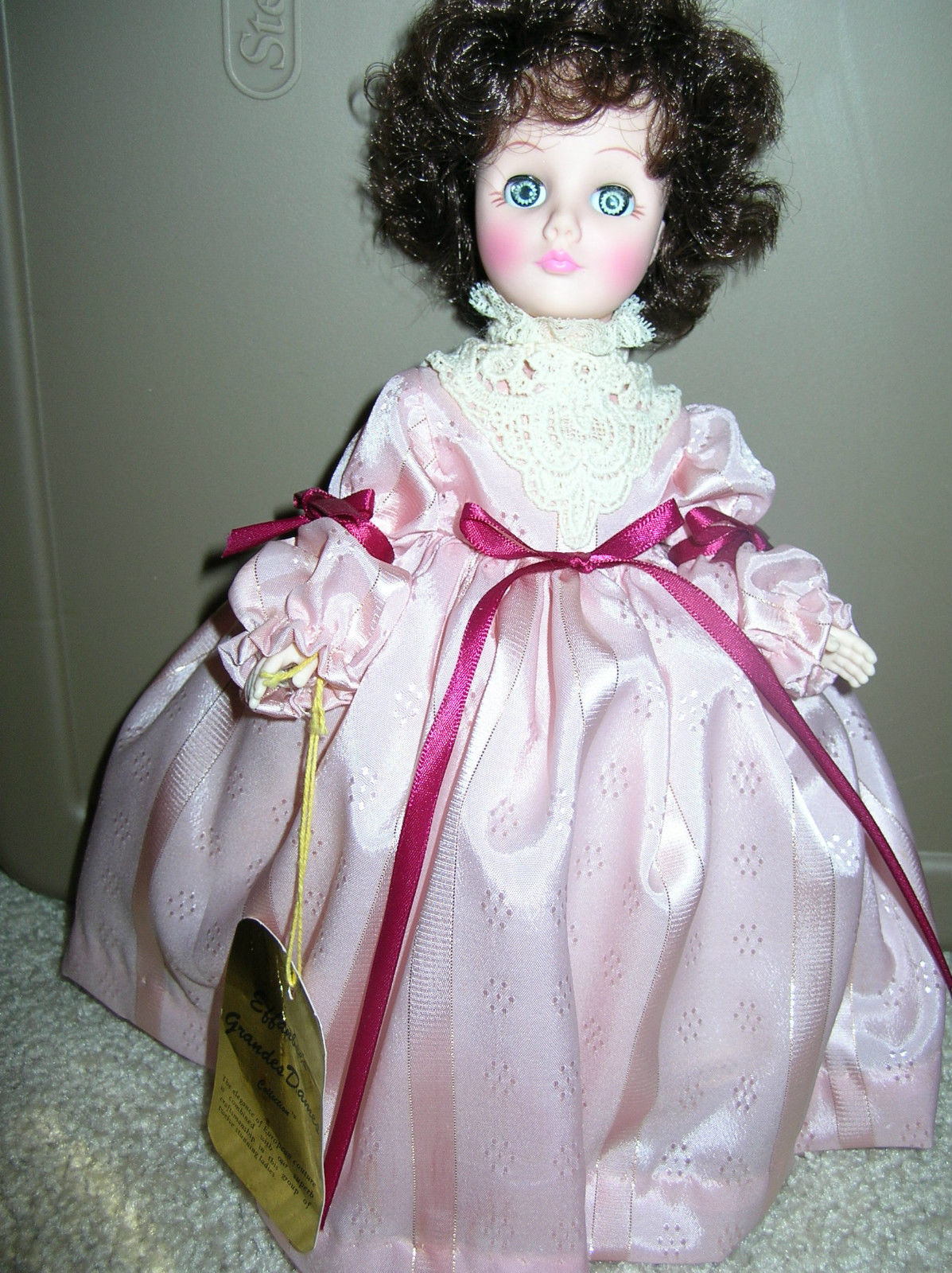 Effanbee's Grandes Dames Doll Amanda 11 inch , With Tags - Rare
