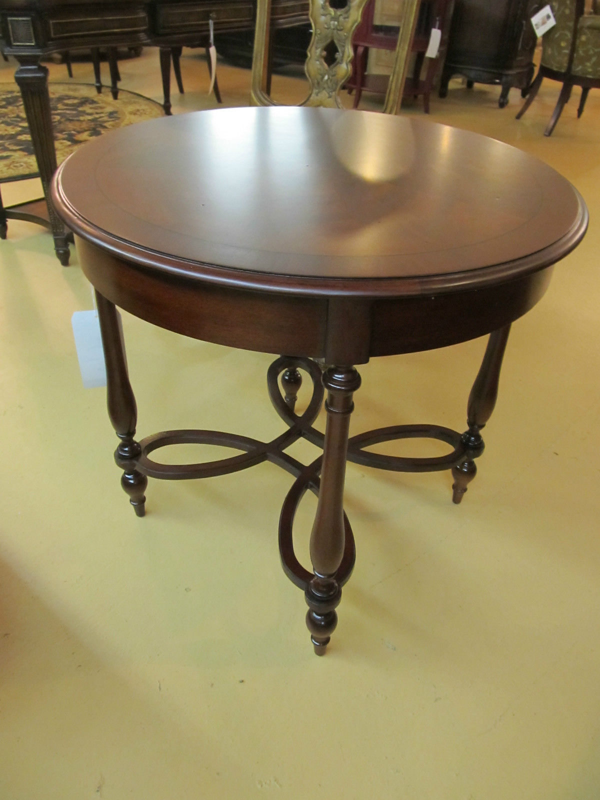 Drexel Heritage Adaptations Simpson Round Lamp End Table Nightstand 255-841