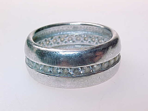 Cubic Zirconia and STERLING Silver BAND RING - Size 6 3/4