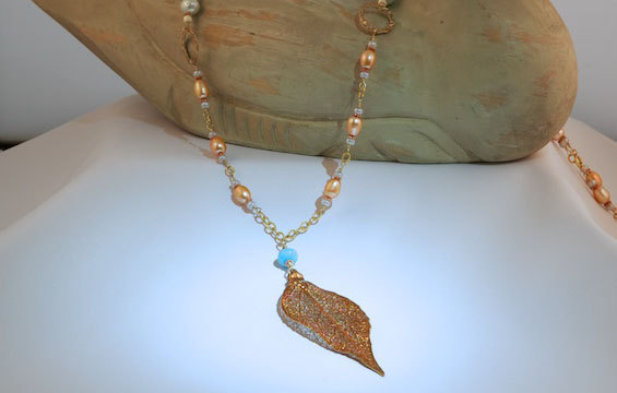 Handmade Stylish gold necklace pearls and 24k gold leave