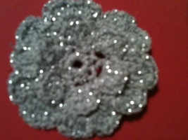 "HAND CROCHETED FLOWER- 2 1/2"" SPARKLE TREAD/ Y... - $1.75"