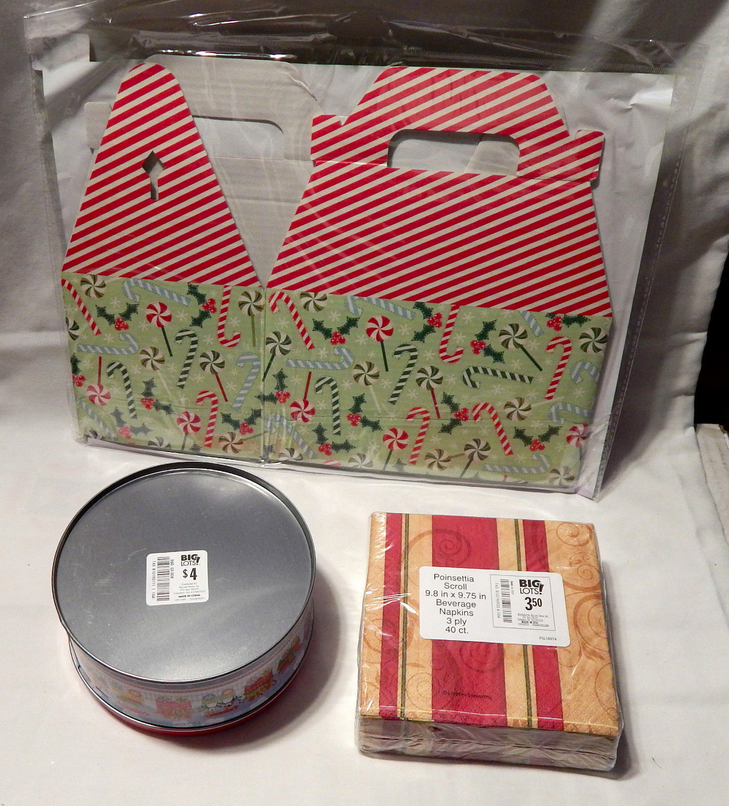 "Christmas Mix Lot Gift Box 5.75""x 8""x 8.75"" Napkins 40ea Metal Tin Container 29D"