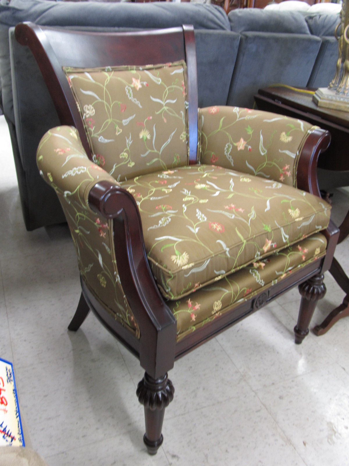 Kincaid Upholstery Cherry Occasional Traditional Como Arm Chair USA Made 47-180