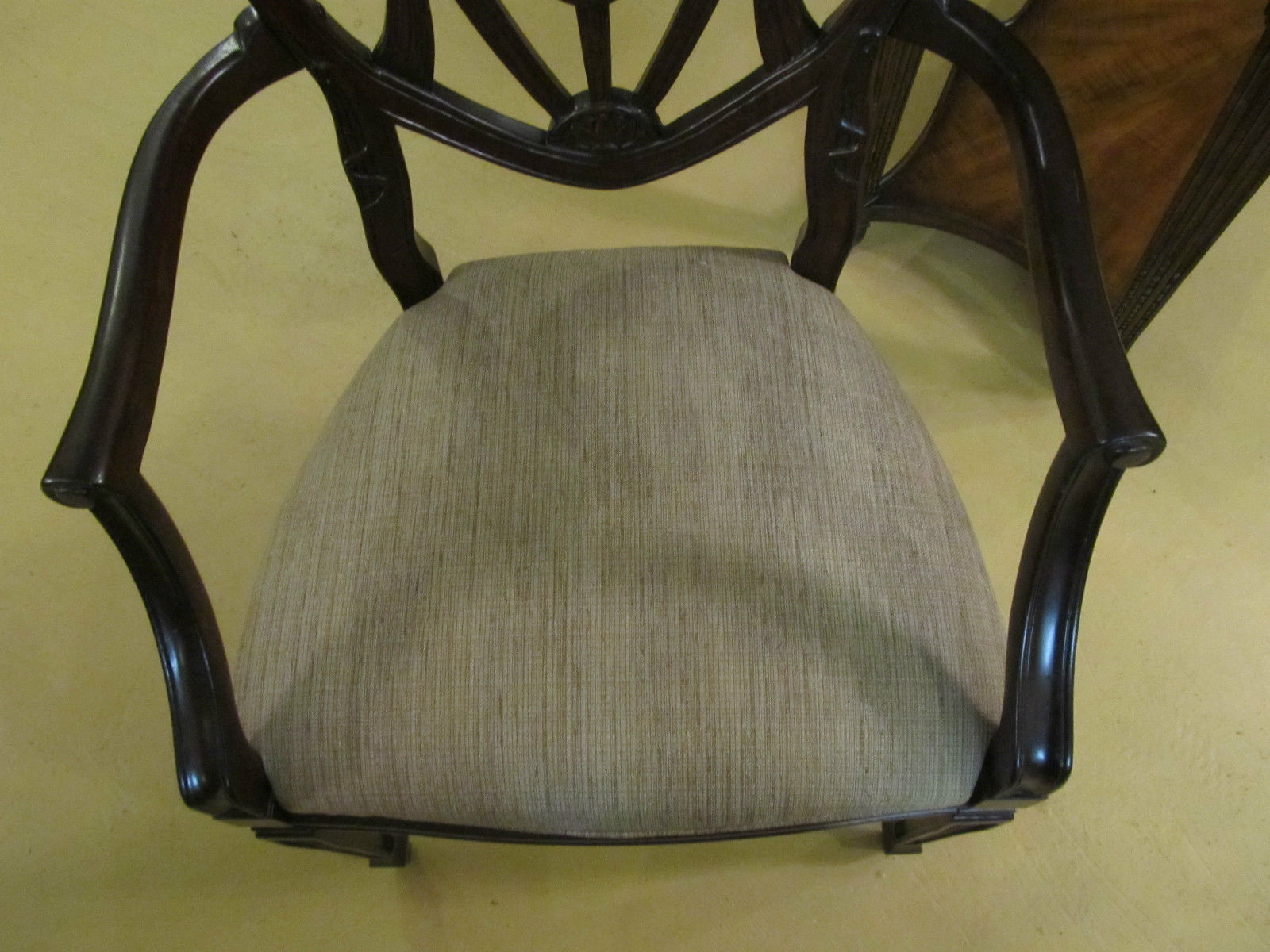 Drexel Heritage British Accents Harper Dining Arm Chair 144-720 Antique Style