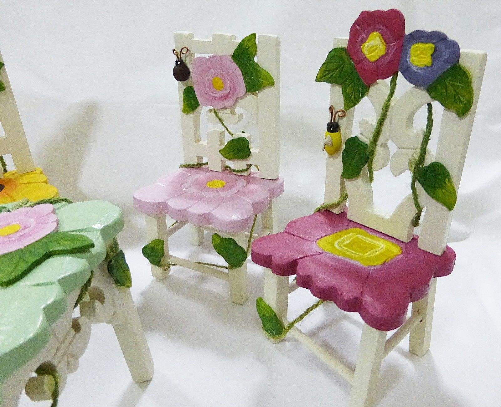 Delton Collectibles dolls wooden floral table & 4 chairs picnic set, butterfly