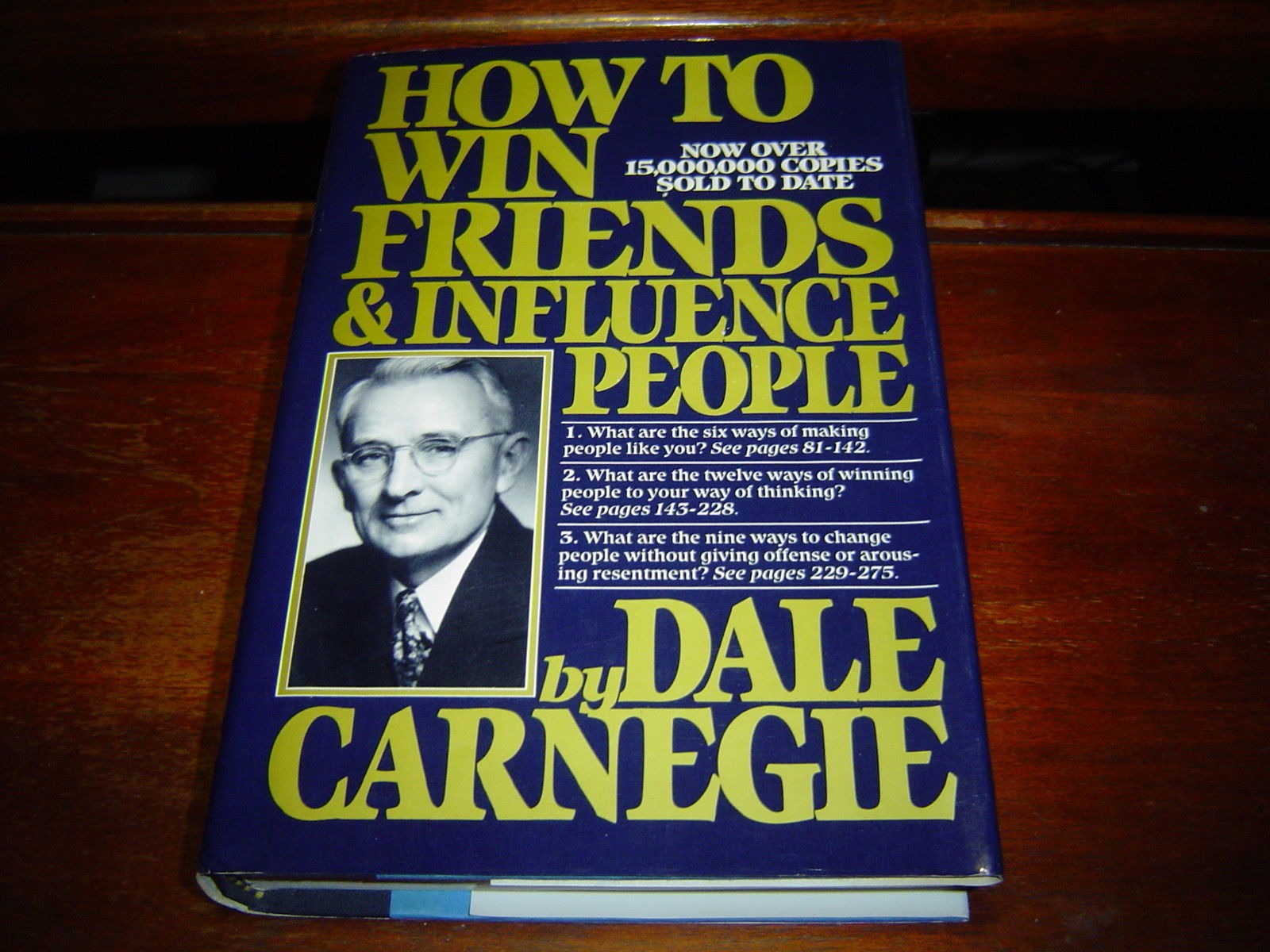 HOW TO WIN FRIENDS AND INFLUENCE PEOPLE BY DALE CARNEGIE HARDCOVER + DUST JACKET