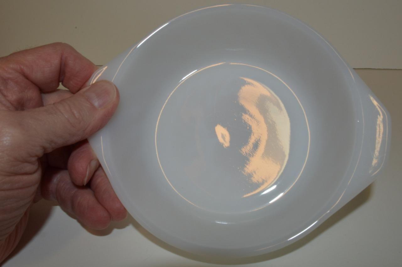 Anchor Hocking ~ Fire King ~ Ovenware - Milk Glass Swirl Handle Bowl ~ USA