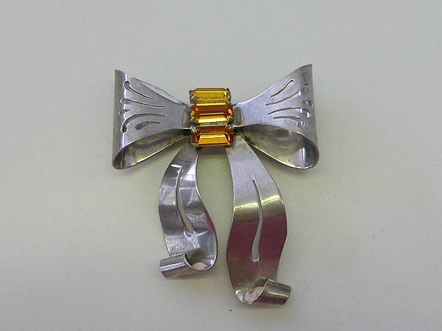 Art Deco BOW RIBBON Sterling Silver PIN Brooch YELLOW Topaz Glass Baguette Stone