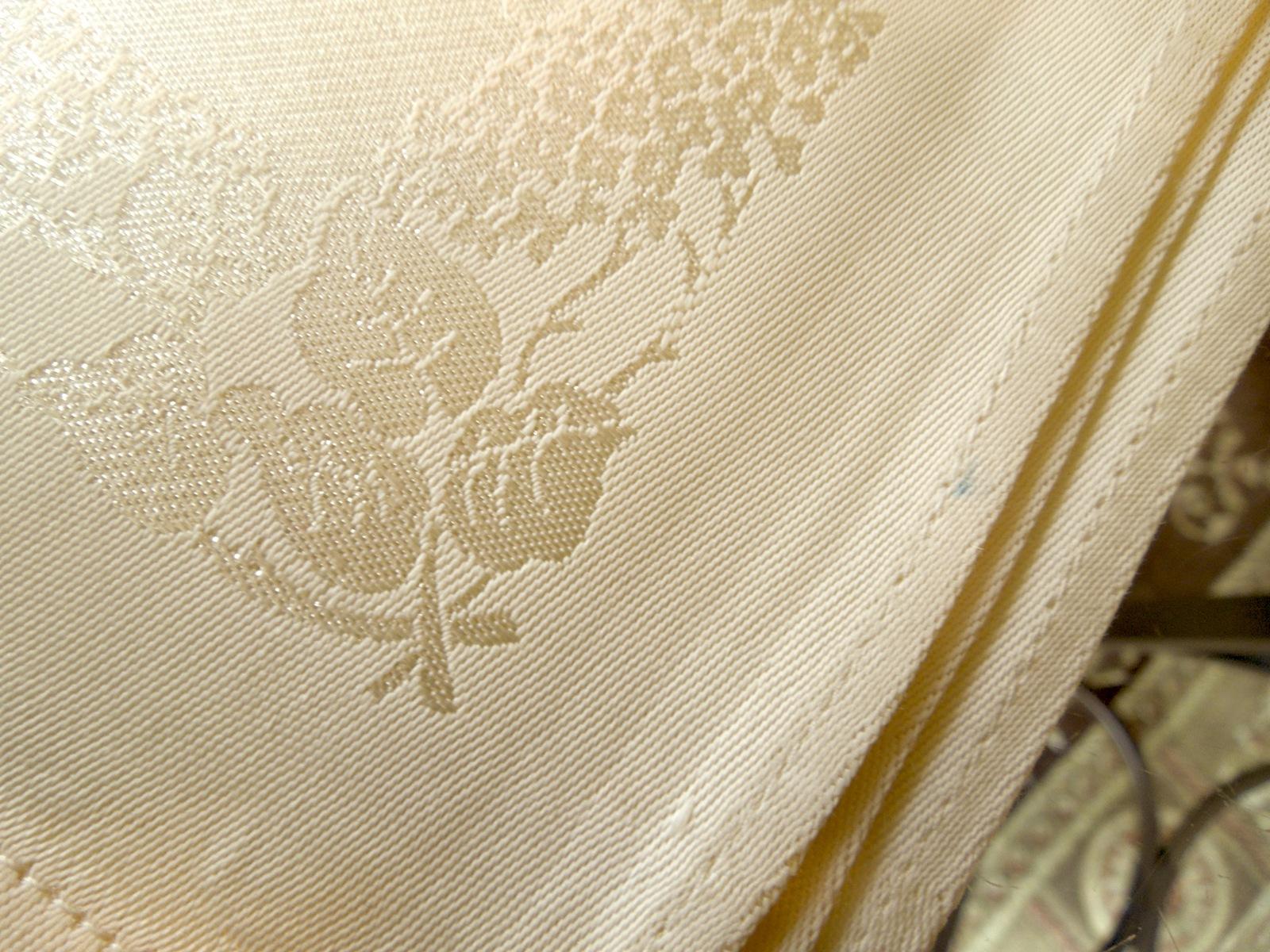 "Four Vintage Satin Linen Floral Damask Table Napkins IVORY Approx15"" Sq #89123"