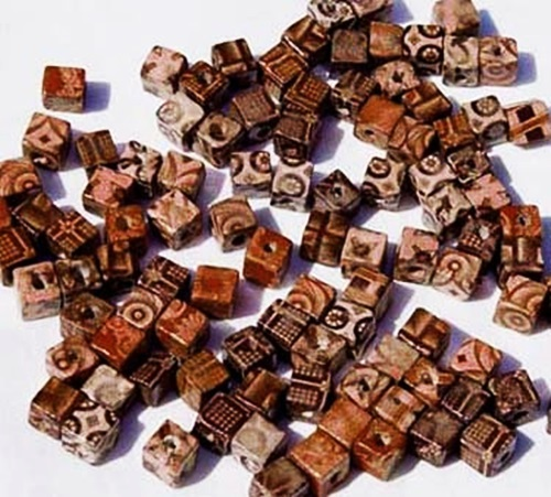 300 BAMBOO Craft ART BEADS 10mm Cube ~ Natural COLORS ! Durable decal Designs