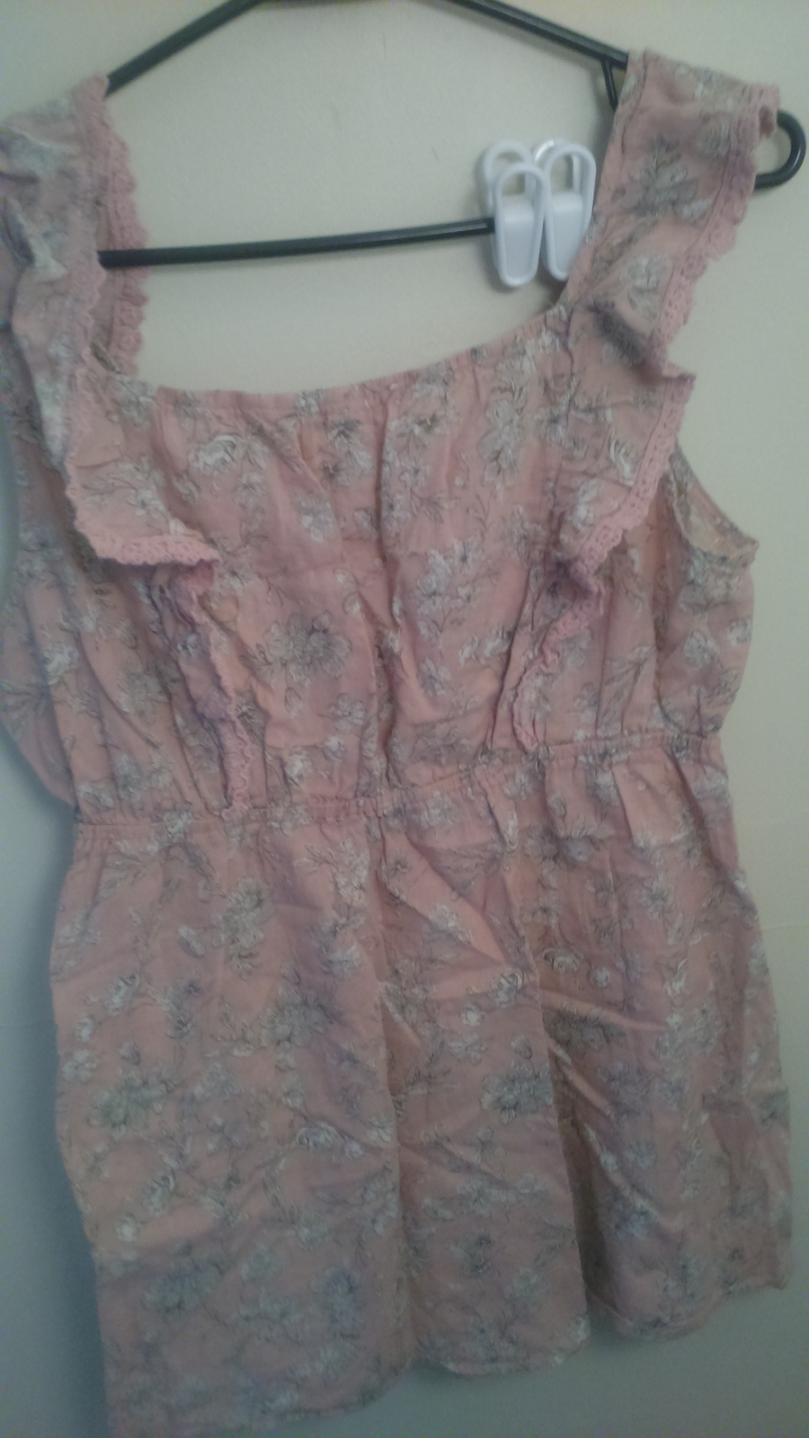 Mine Pink Floral Tank Top Size L w/Lace Accent ABLS072