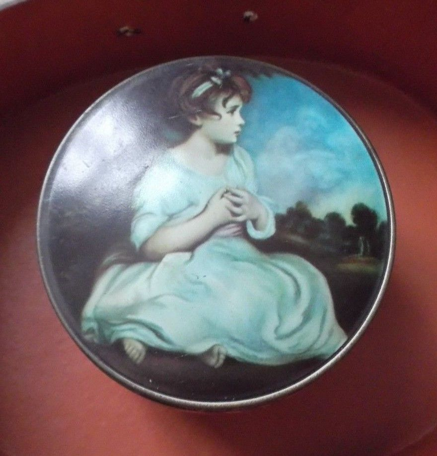 """Vintage The World ' S Thornes Leeds, England Toffee Tin """"Age Of Innocence"""""""