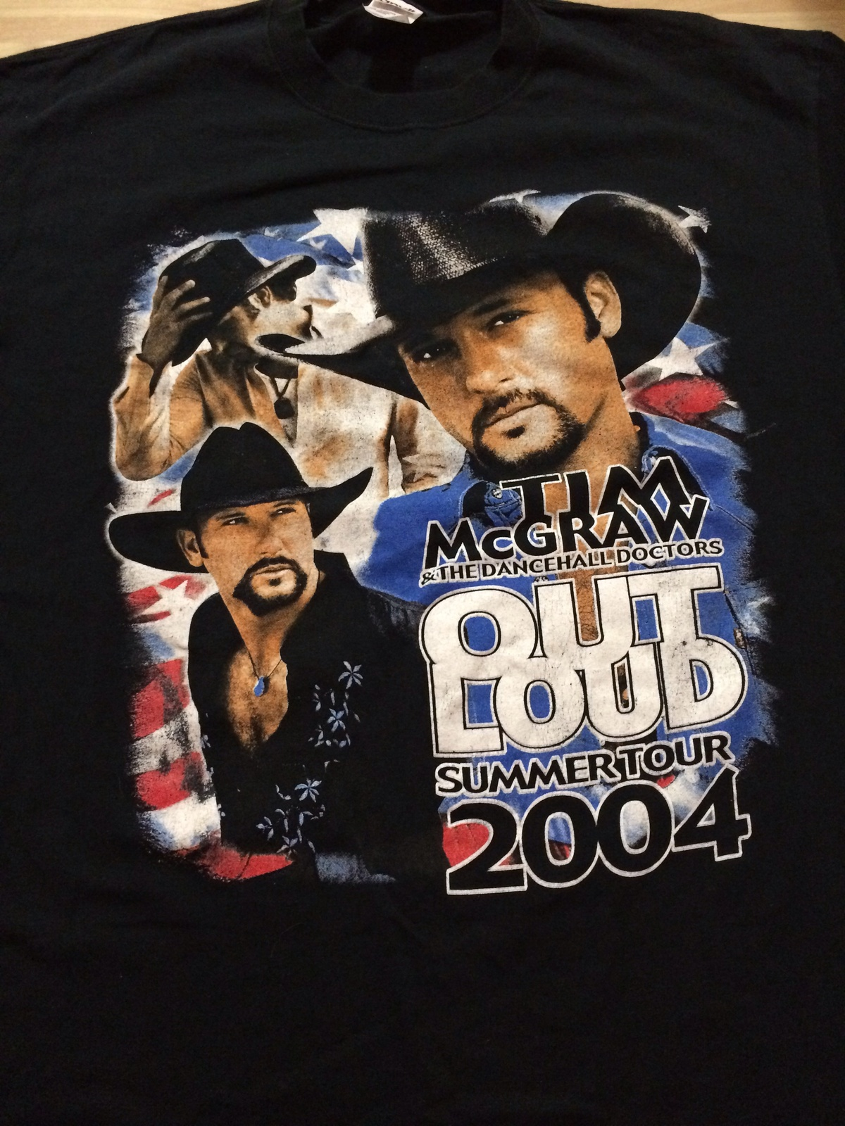 Tim McGraw Vintage 2004 Concert Tour T-Shirt Sz XL  Front & Back!  Great Piece!