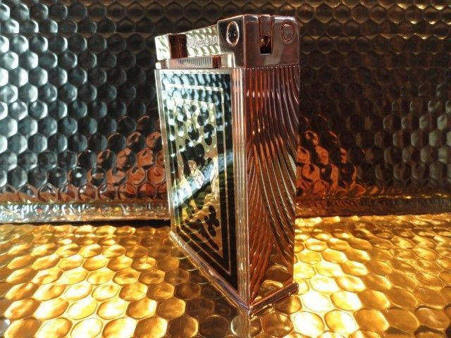 S.T. Dupont Teatro  Jeroboam Table Lighter preowned  without box