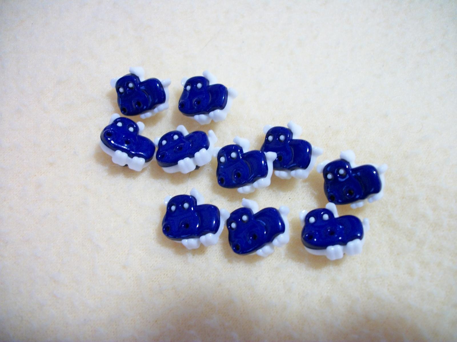 Cute Light Green Hippos Plastic Novelty Buttons/Sewing supplies/DIY supplies