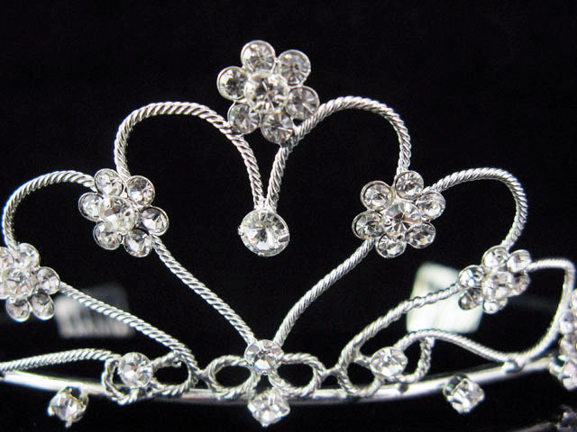 CUTE SWEETHEART WEDDING TIARA,SWEETHEART BRIDE BRIDESMAID BRIDAL HEADPIECE 603