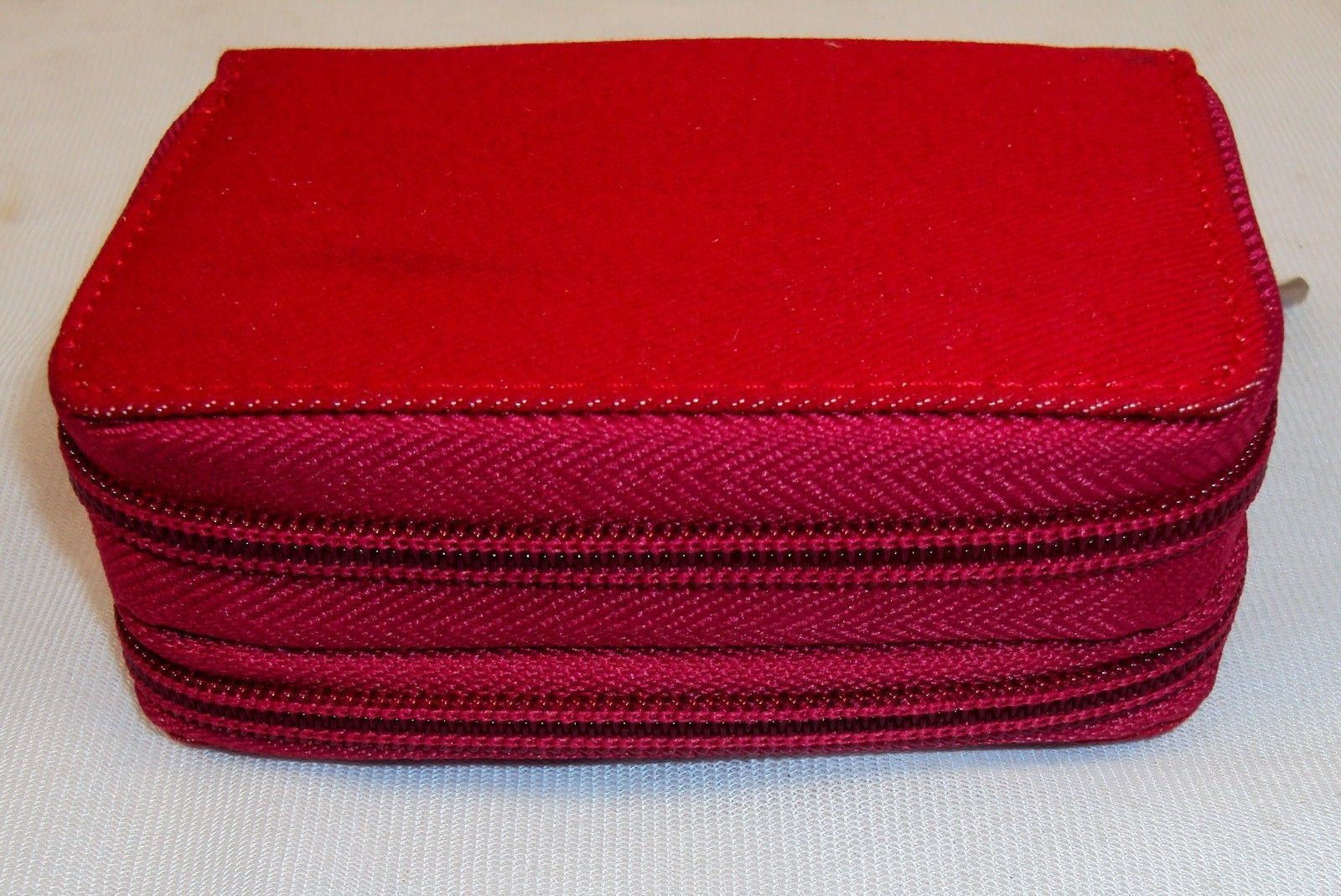 Buxton Red Denim Palm Wallet ~ Dual Zippered Compartments w/Exterior ID Window