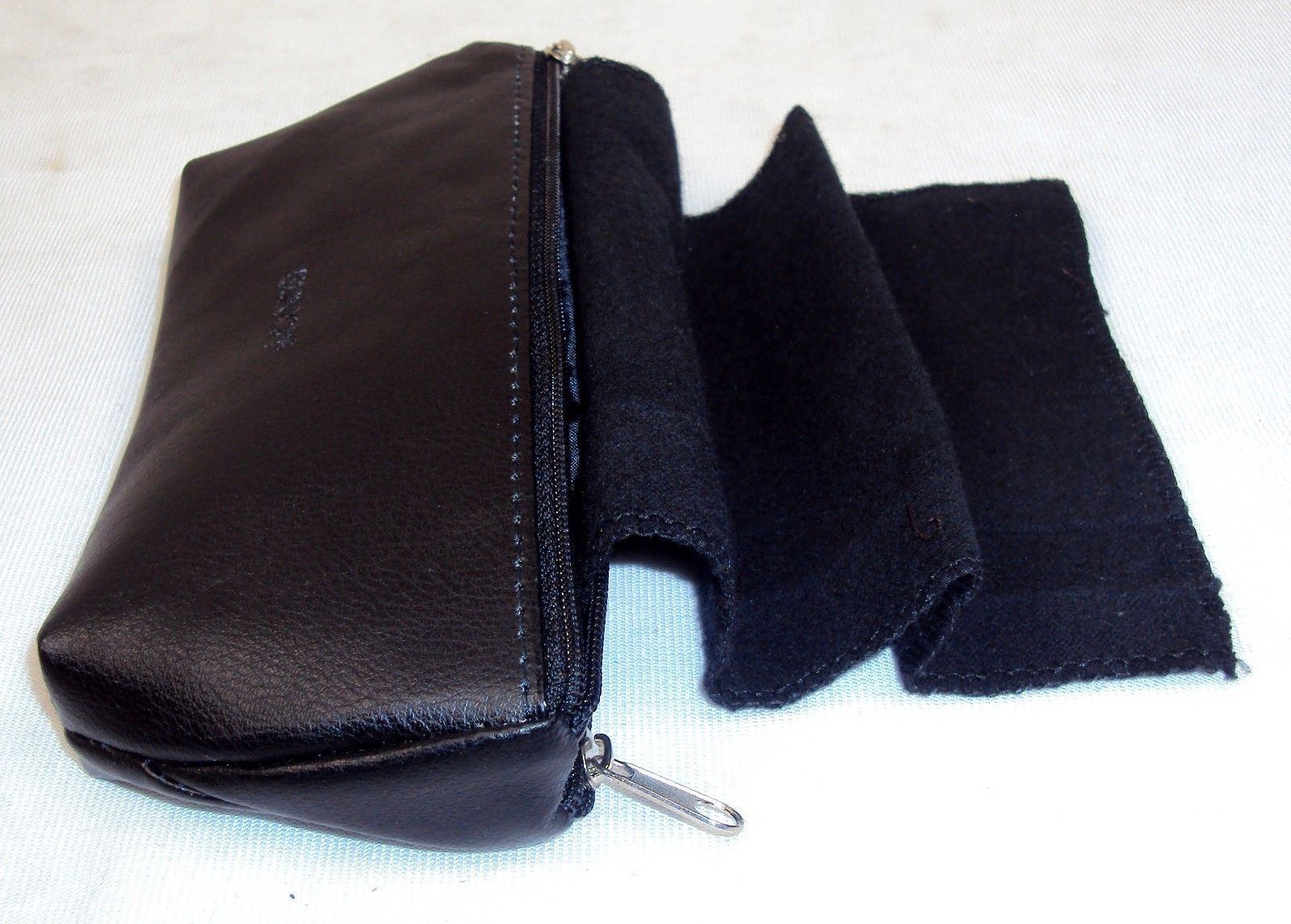 Buxton Black Leather Eyeglasses Case ~ 2 Pair/Two Pockets w/Attached Shammys
