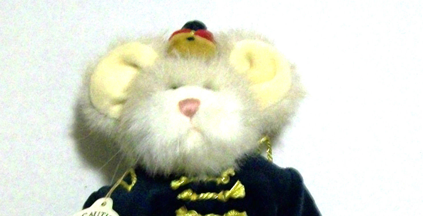 "Boyds Bears ""Willie B Mouseking""  POG EXCLUSIVE 7"" Mouse- Style #94599POG -NWT"