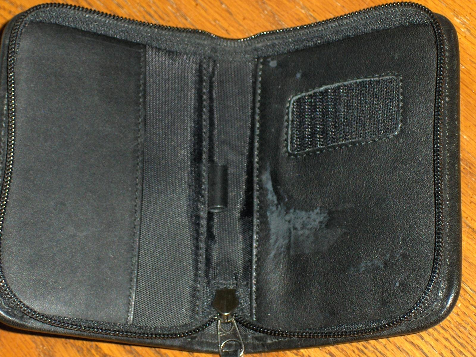 Coach Ipod Palm Case Smart Phone Leather Holder