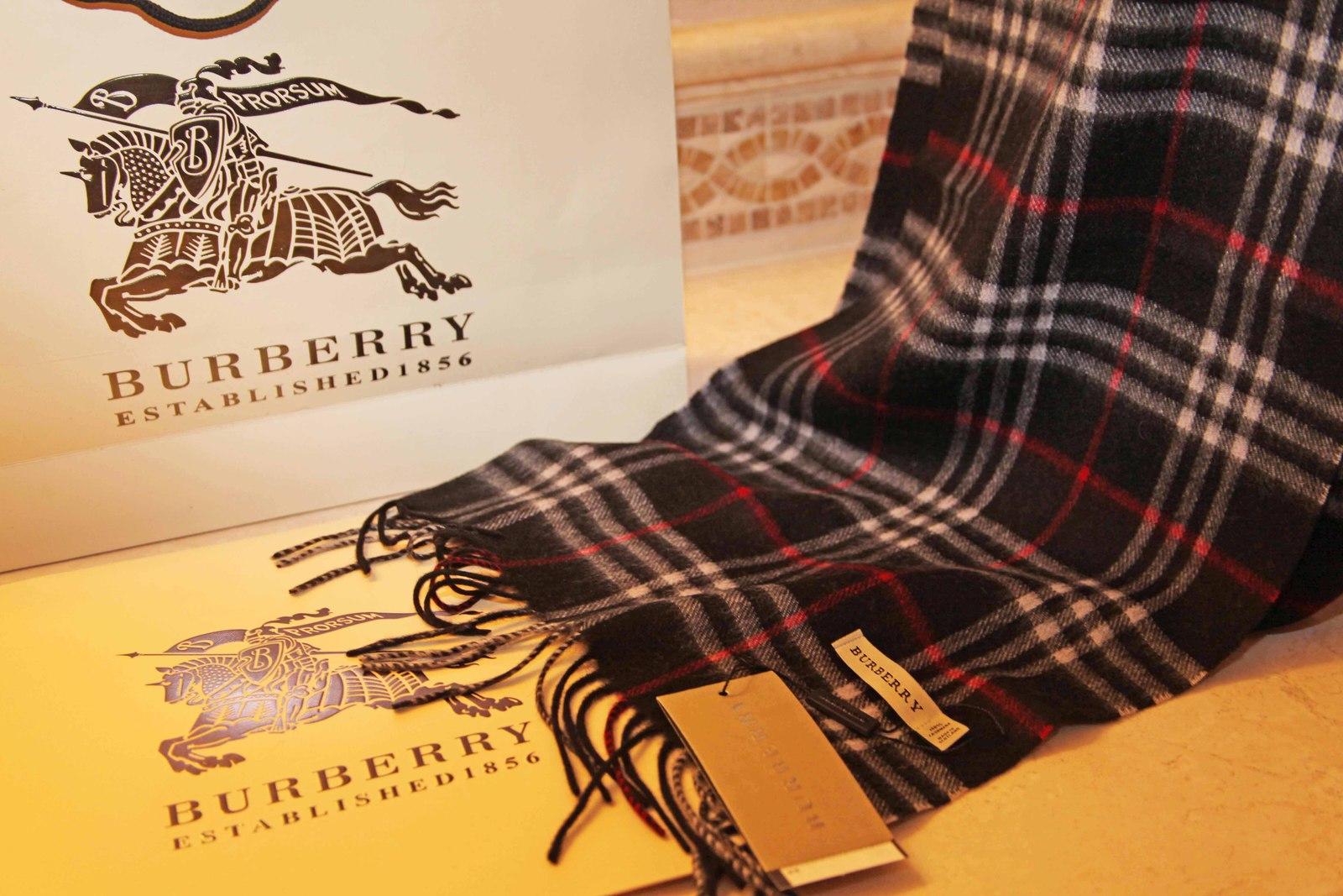 Burberry London Nova Check Plaid 100% Cashmere Scarf