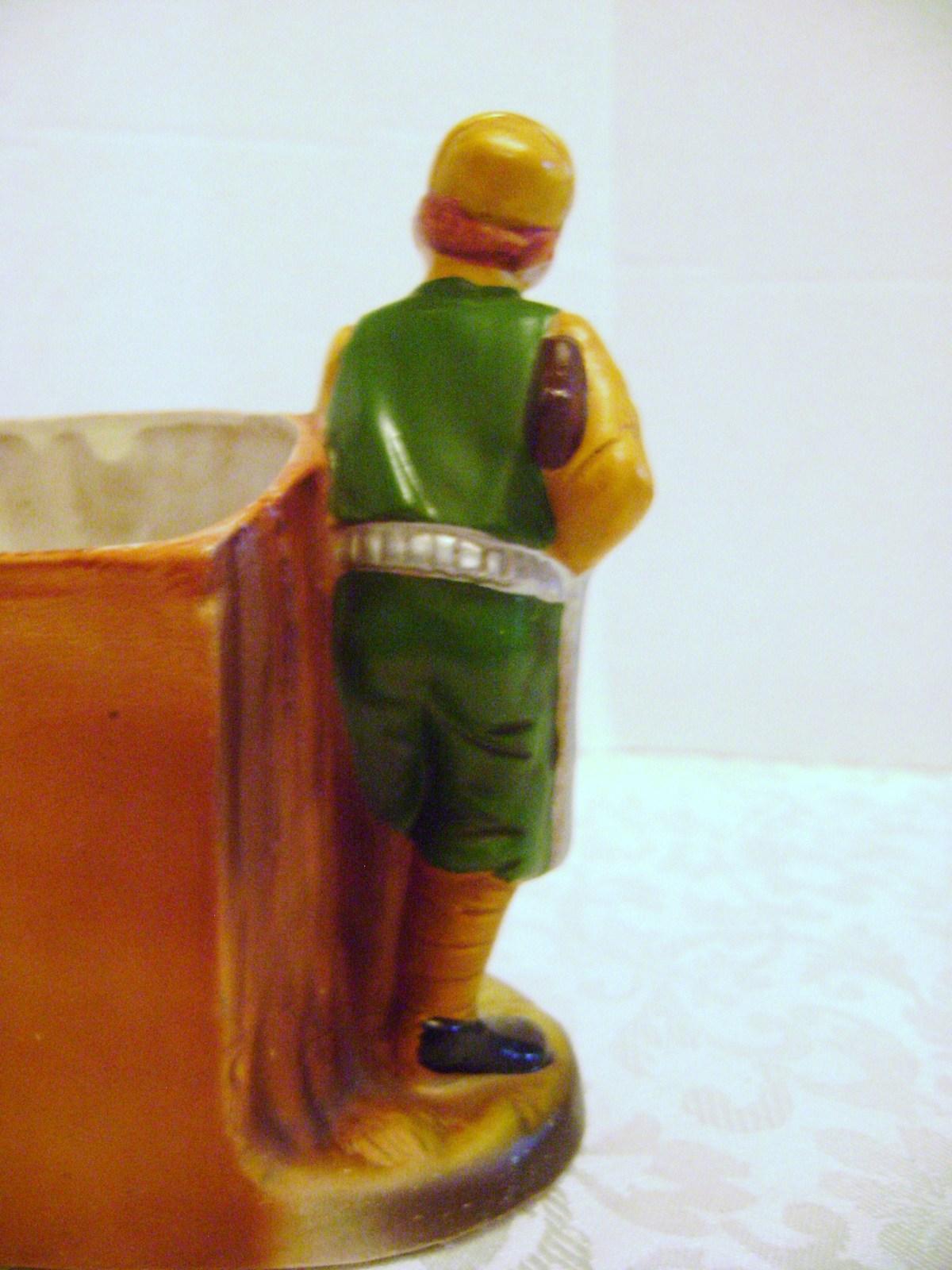 Nancy Pew Vintage Hunter with gun, duck, and  birddog Vase Planter 2033 Japan