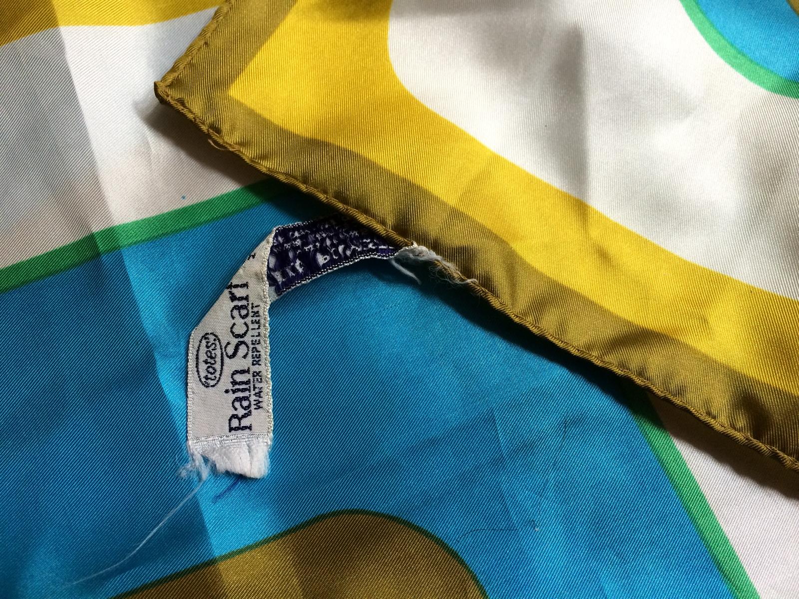 Totes Rain Scarf Water Repellent Yellow Gold Green Blue White Retro True Vintage