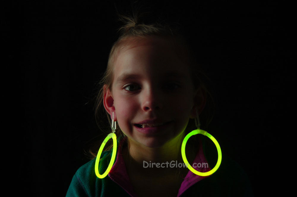 Glow yellow hoop earrings2