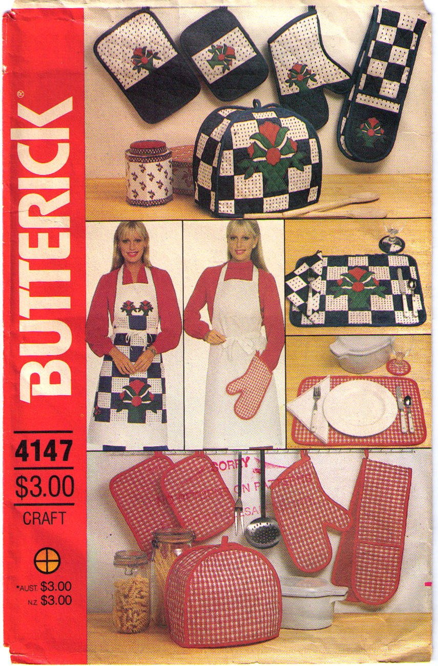 Vintage APRON & Kitchen Accessories Pattern 4147-b UNCUT