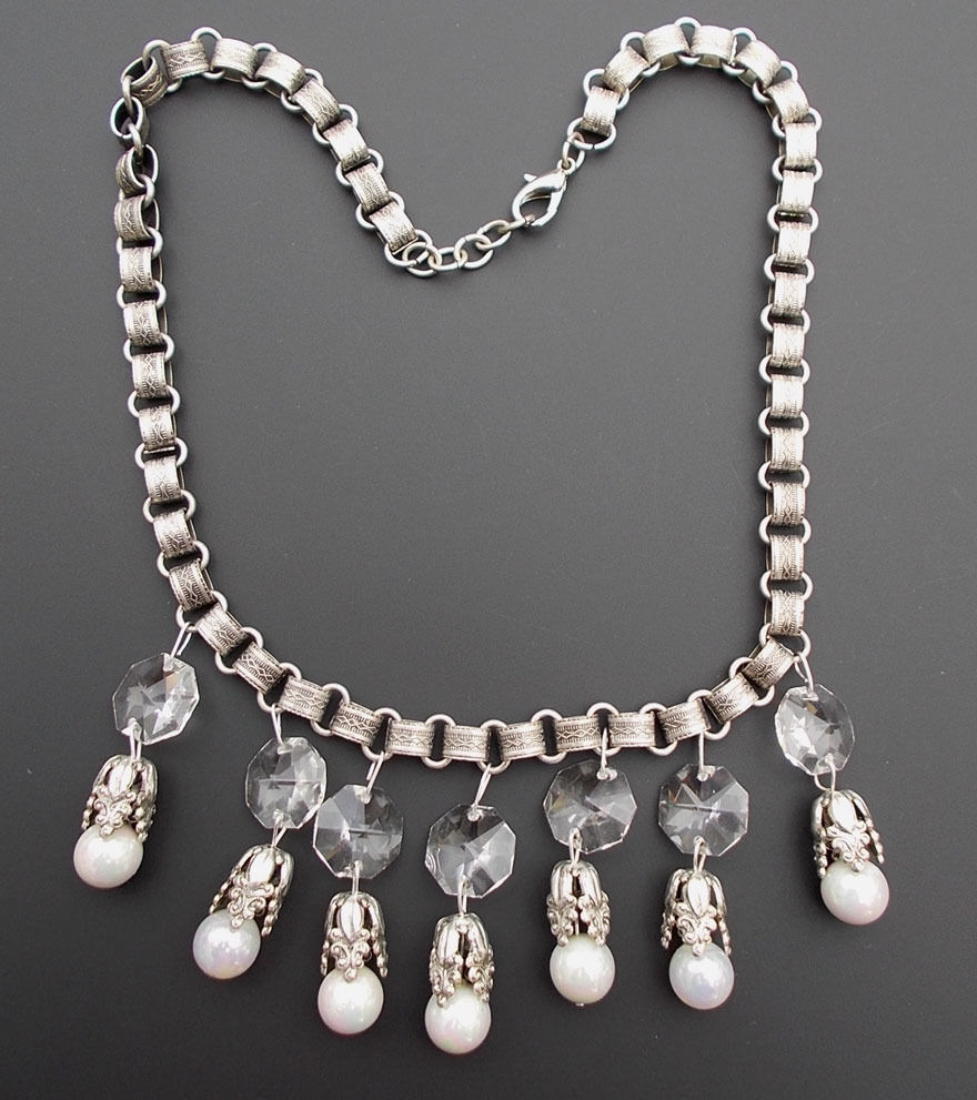 Silver Plated Bookchain Book chain Chandelier Crystal Bib Faux Pearl Necklace
