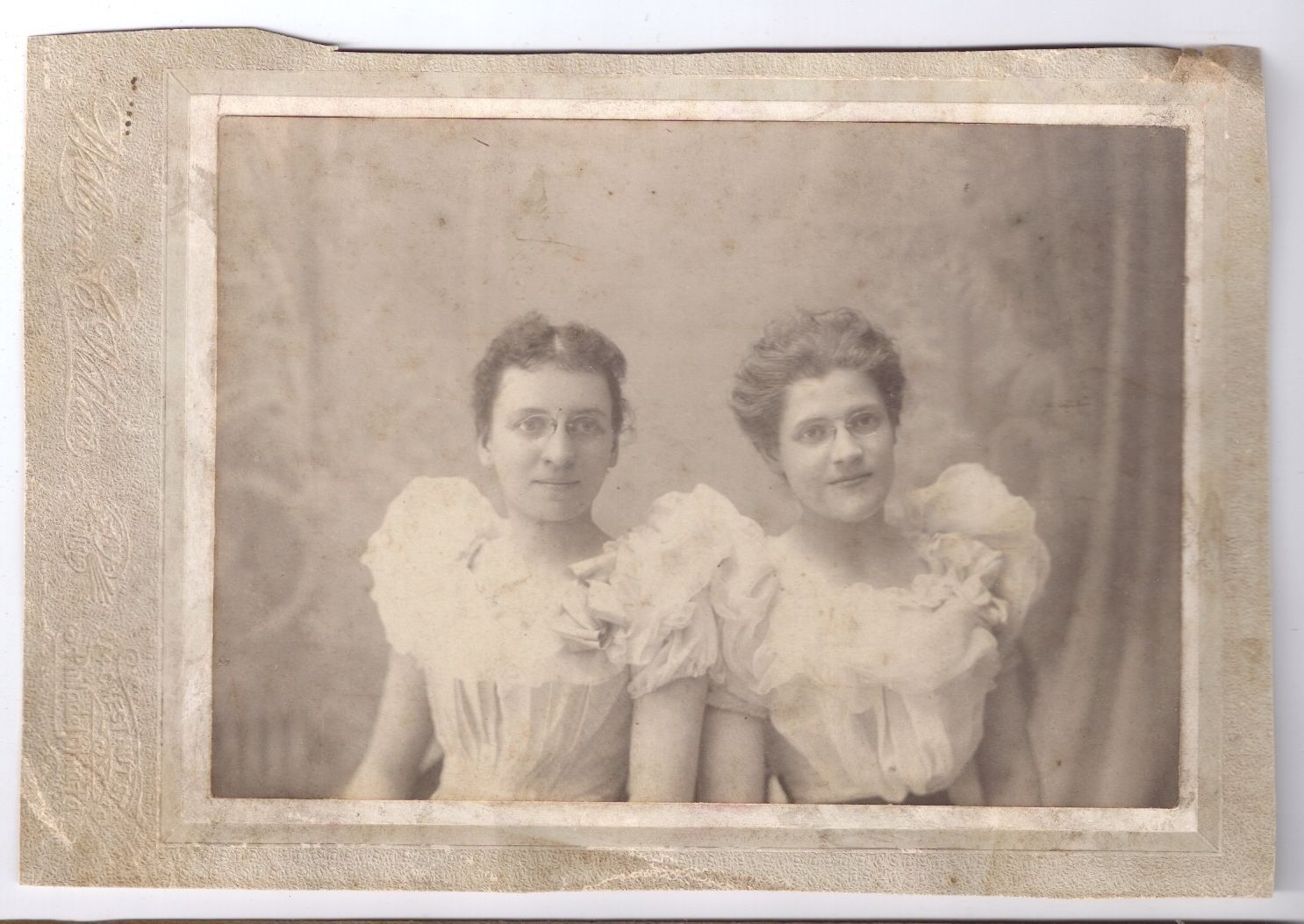 Antique Photo Women Glasses Frilly Dresses ID'd Mrs Will McCallister Fashion