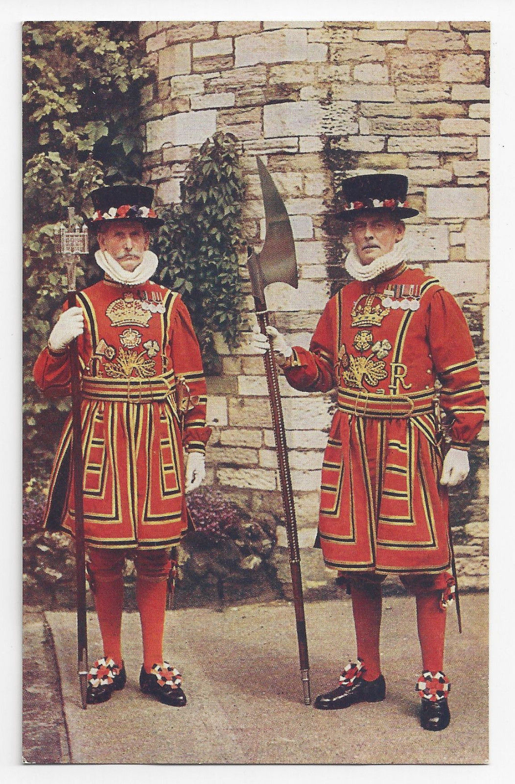 UK England Guards Tower of London Chief Warder Yeoman Uniforms Vintage Postcard