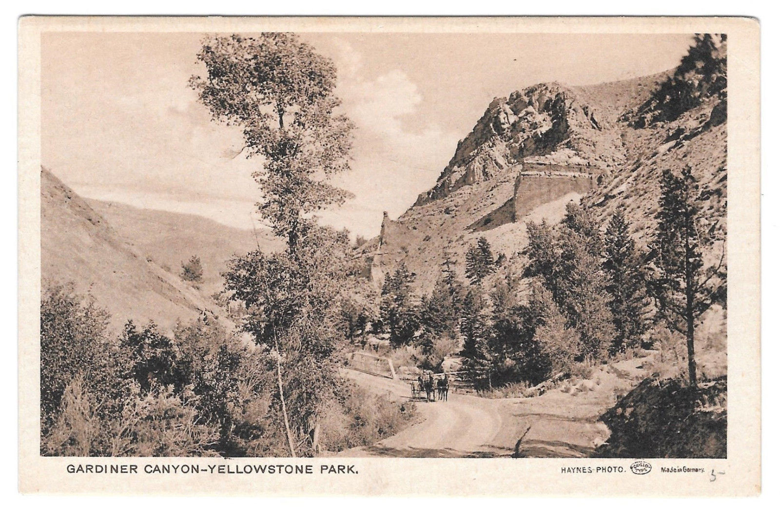 WY Yellowstone Park Gardiner Canyon Vtg Haynes Collotype Germany Postcard