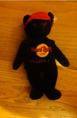 Hard Rock Cafe BEANIE BABY BEAR + GUITAR PIN