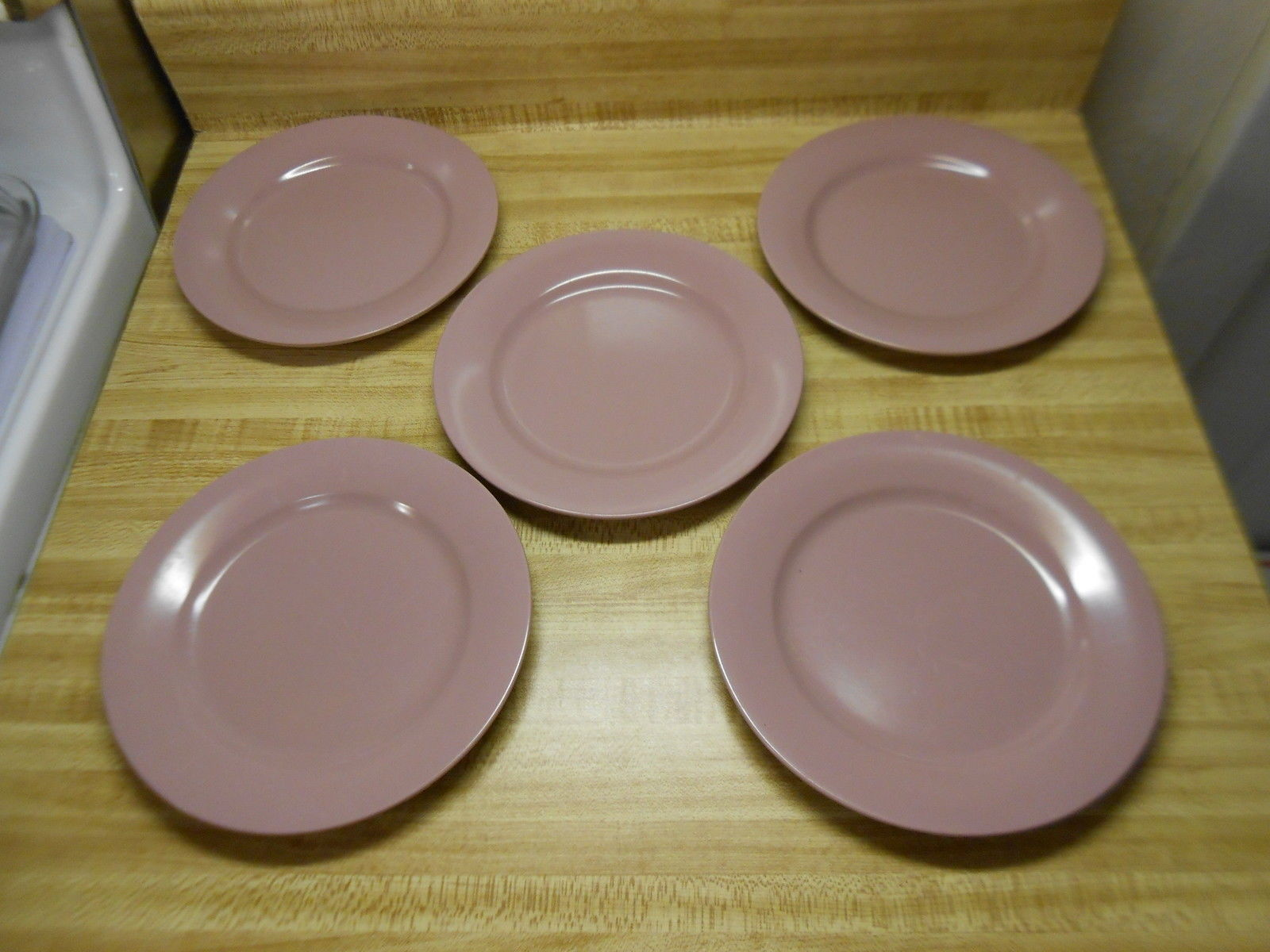 Elan plates lot of 5 plastic Elan Plates by Plastics Manufacturing Company & Elan plates lot of 5 plastic Elan Plates by and 21 similar items