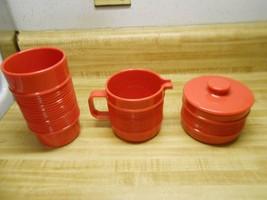 Rubbermaid sugar & creamer & tumbler red plasti... - $19.55