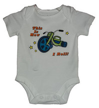 "Newborn 5.5-7.5 Pounds Boys ""This is How I Roll!"" Onesie - $9.00"