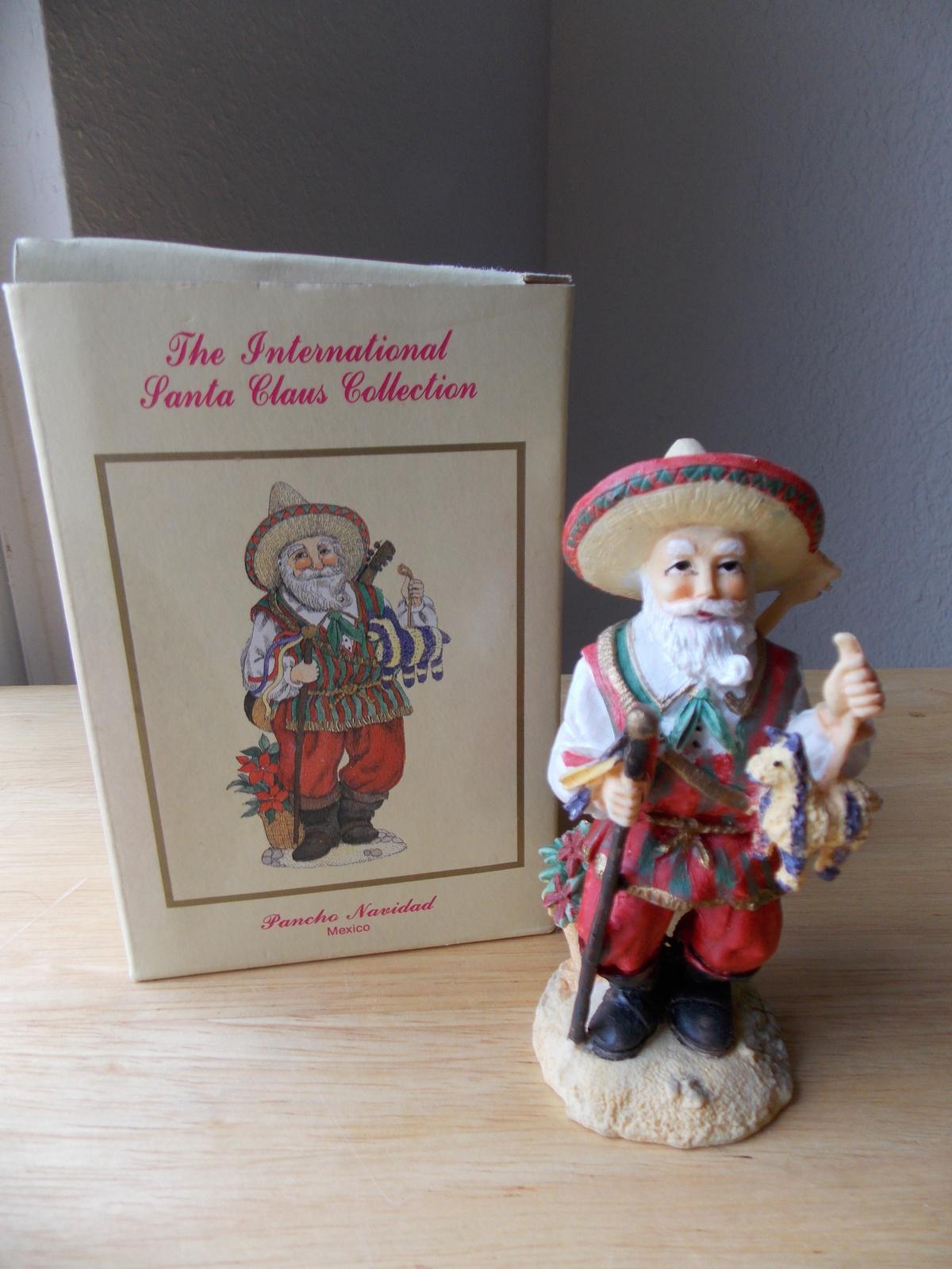 """International santa claus collection """"pancho navidad"""
