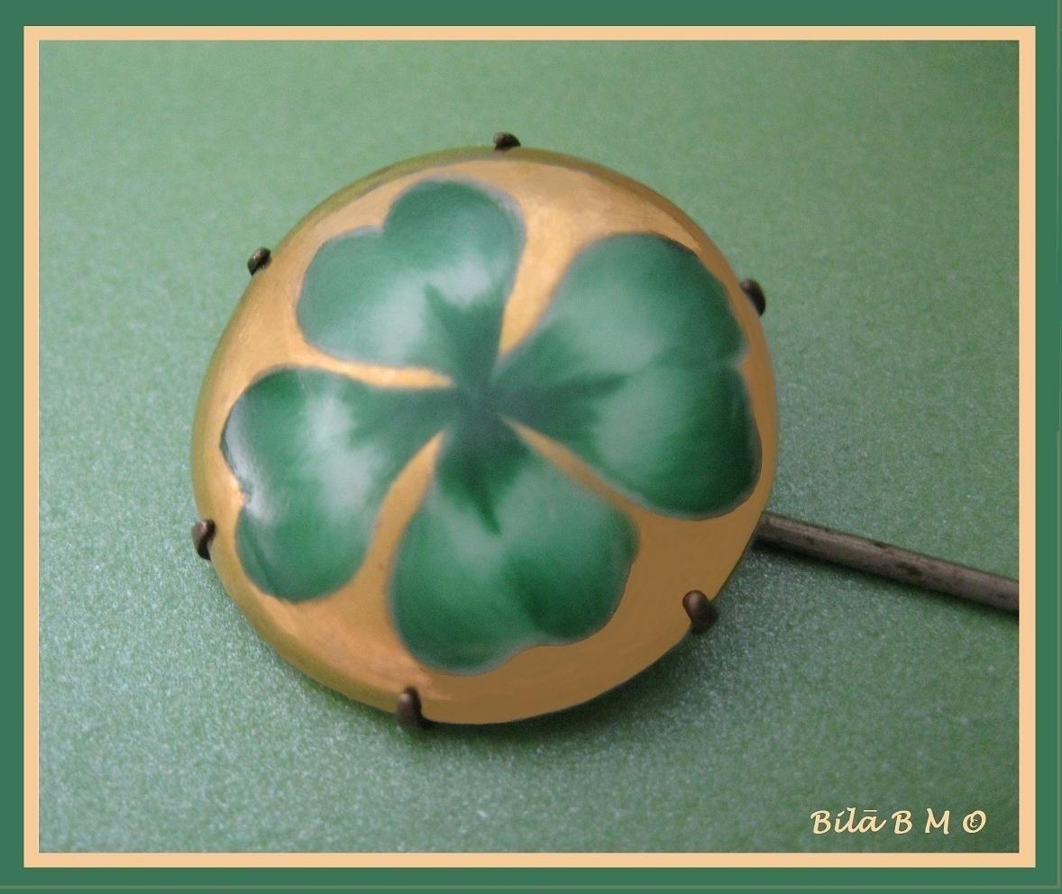 Irish SHAMROCK Vintage Handpainted HATPIN - Ceramic Head - 8 1/4 inches long