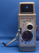 BELL & HOWELL 220 Two Twenty Vintage Movie Camera COMAT f/2.5 10mm Lens USA - $43.20
