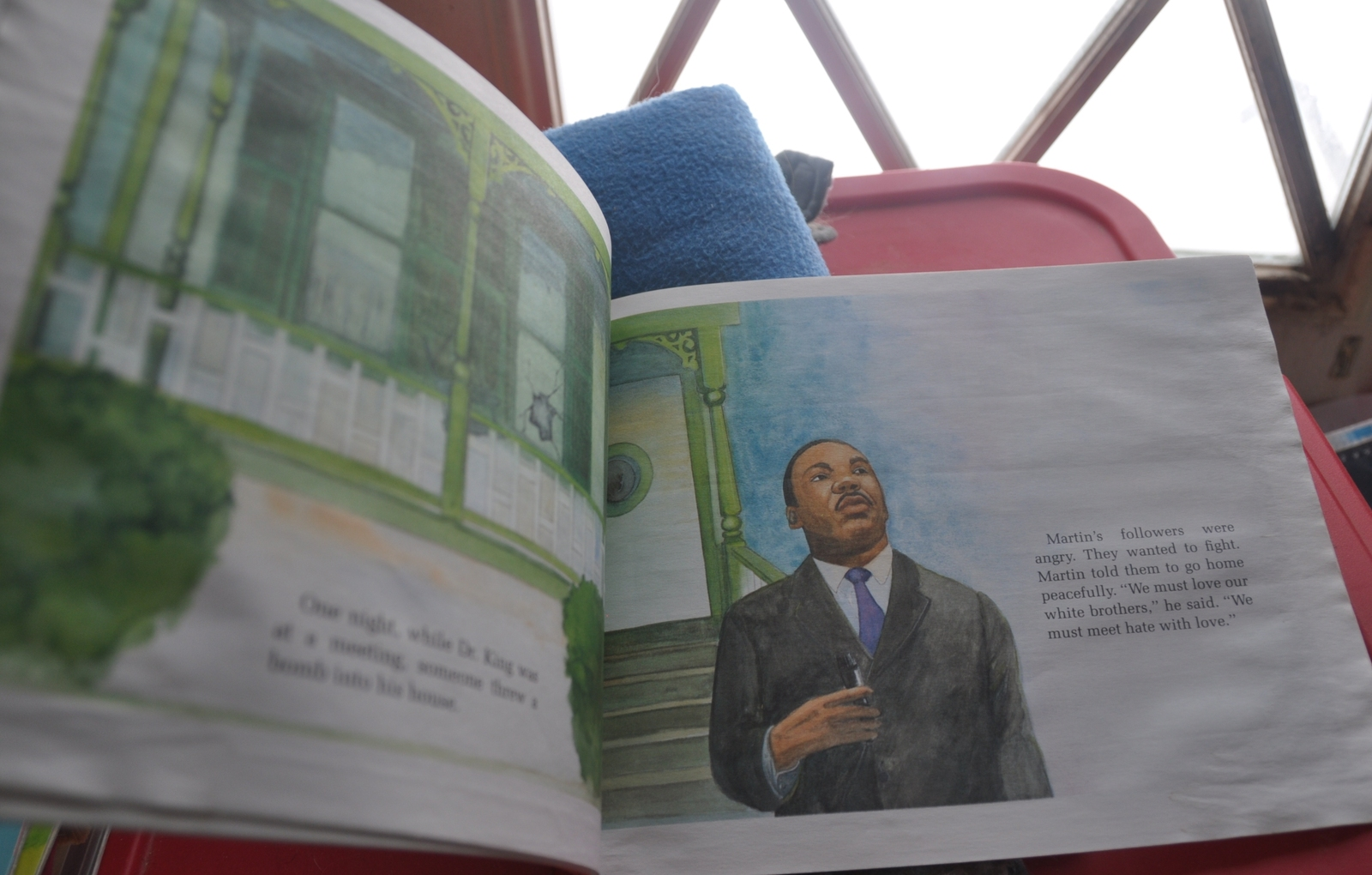 Summary of Martin Luther King Jr.'s Life through a Picture Book by David Adler