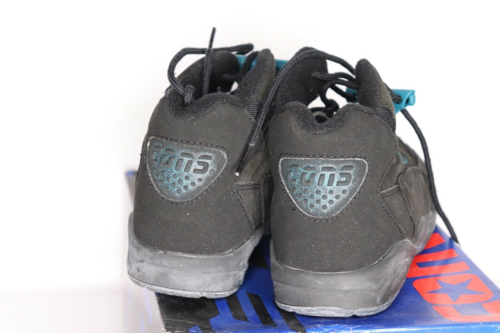 Vintage 90s New Converse Youth 5.5 Speed Pull Mid Leather Basketball Shoes Black