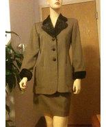 Christian Dior Suit Wool Skirt Jacket Fur Collar Size 2 Size 4 Vintage USA - $495.00