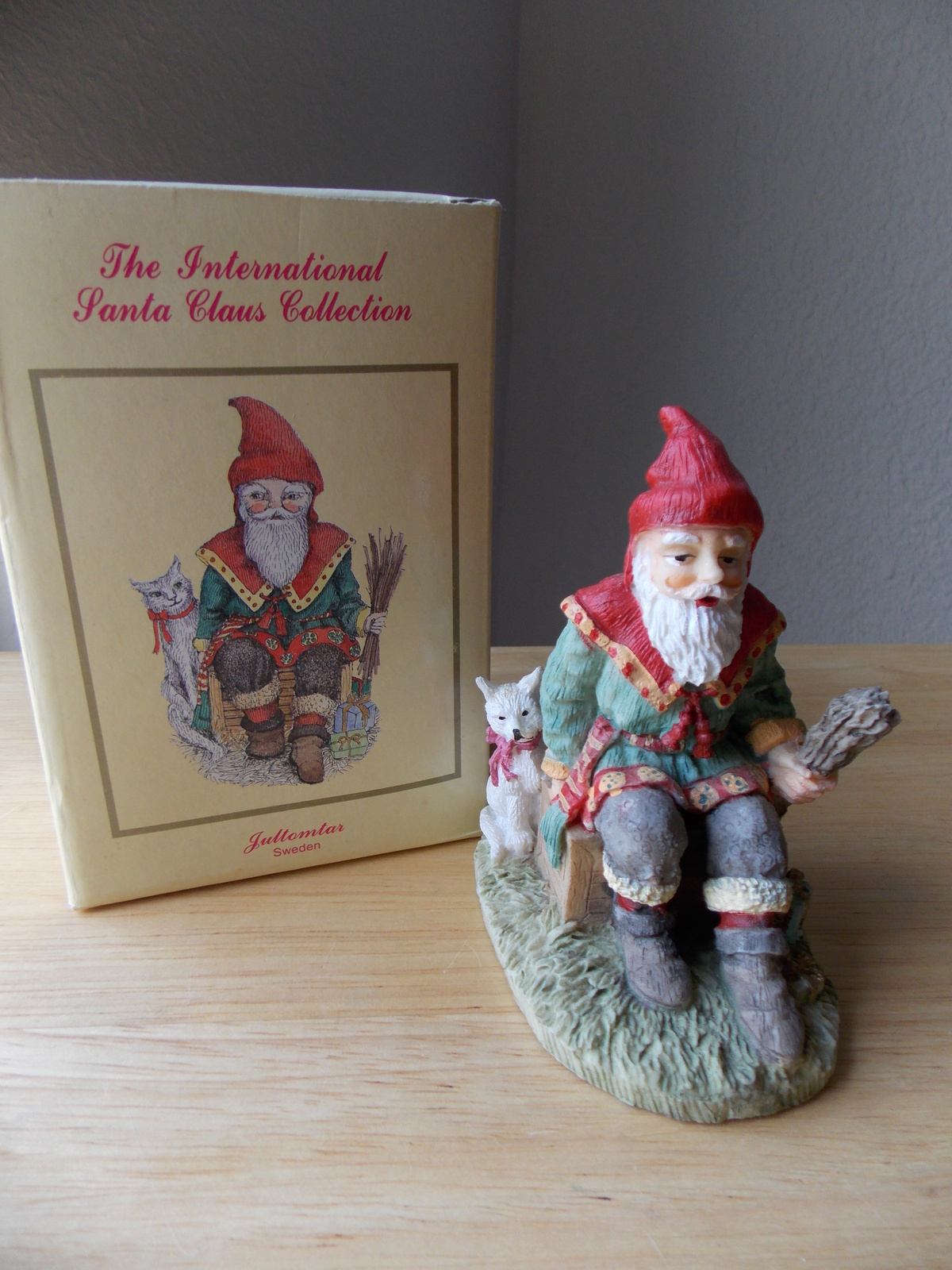 "International santa claus collection ""jultomtar"